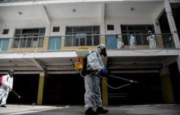 Χωρίς απολυμάνσεις και με ελάχιστες καθαρίστριες ανοίγουν τα σχολεία της πόλης μας
