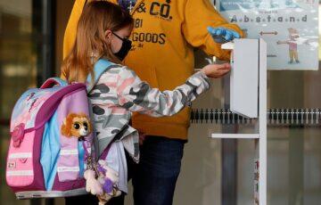Αναγκαία μέτρα για το άνοιγμα των σχολείων και των βρεφονηπιακών σταθμών